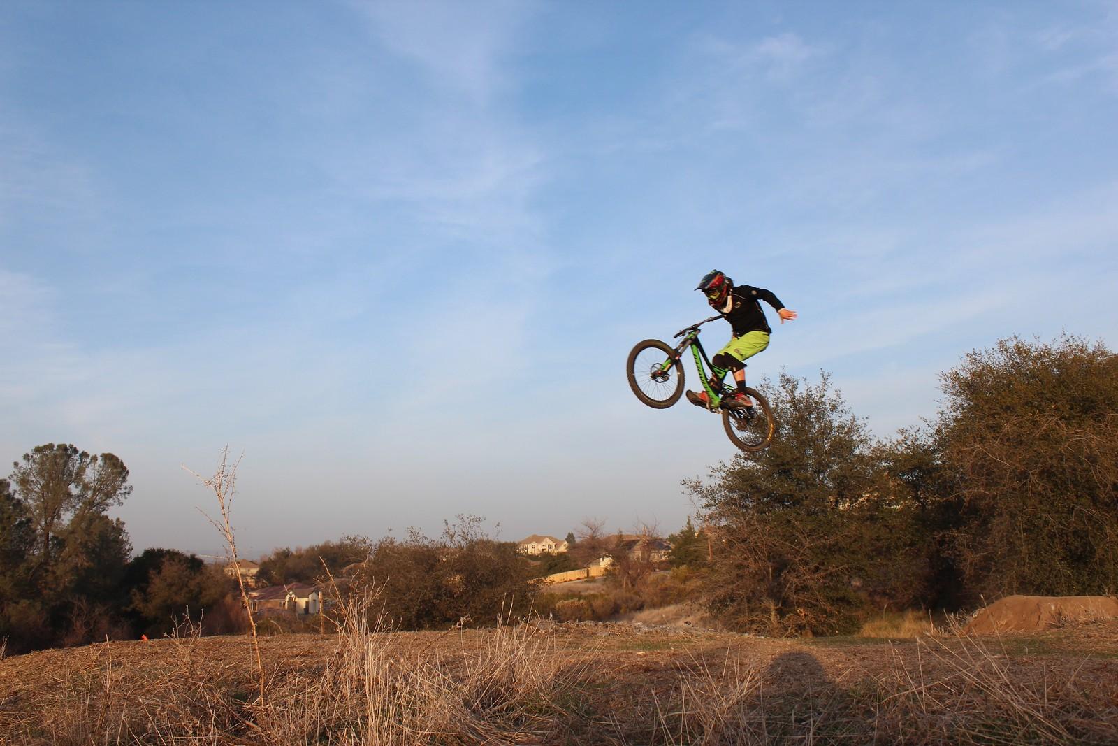 Suicide - Scharney127 - Mountain Biking Pictures - Vital MTB