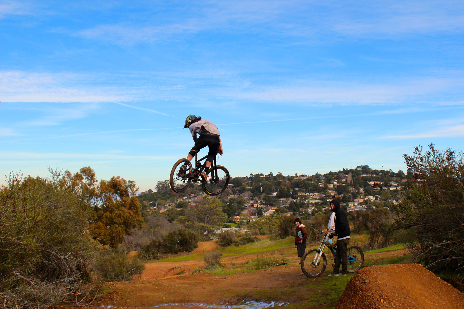 Carlmont Booter - Scharney127 - Mountain Biking Pictures - Vital MTB