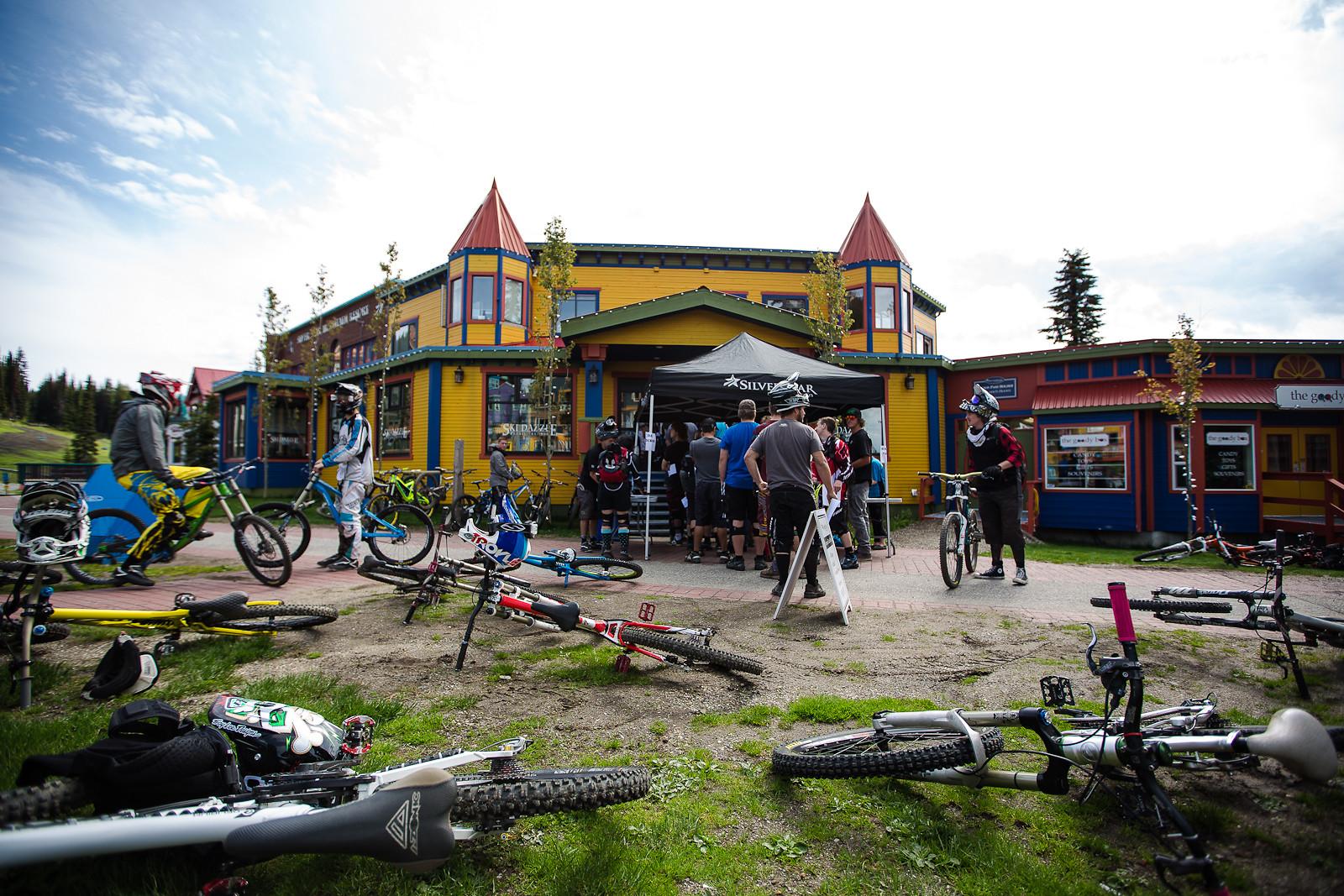 Village shot - SilverStarBikePark - Mountain Biking Pictures - Vital MTB