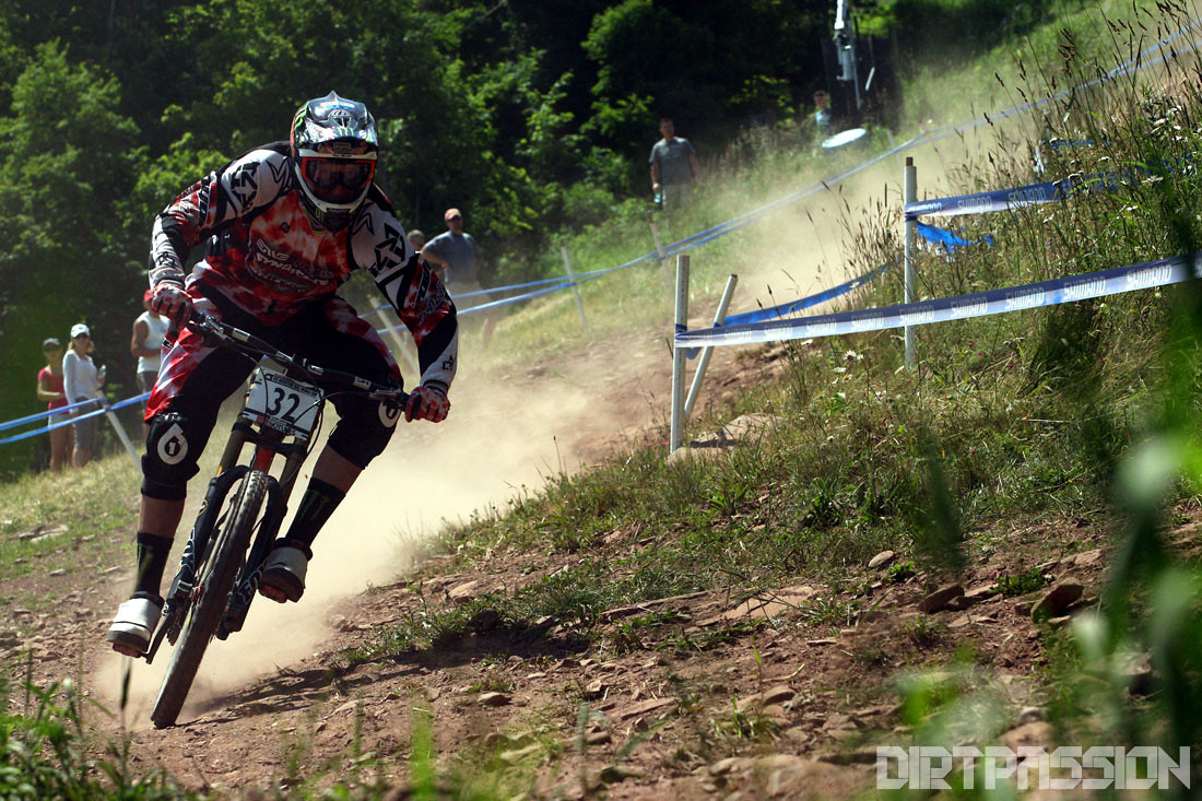 Peaty's SO HUGE - Dirt-Passion - Mountain Biking Pictures - Vital MTB