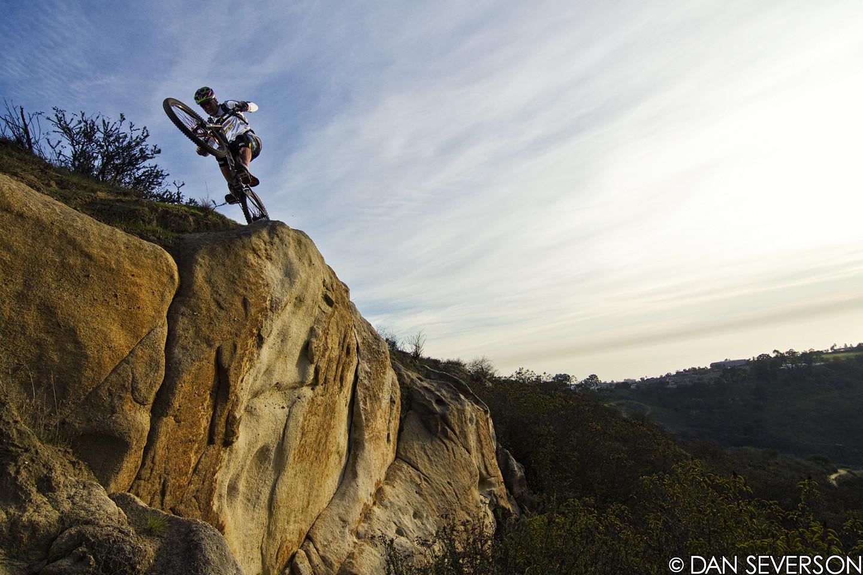 Hans Rey on the edge - danseverson photo - Mountain Biking Pictures - Vital MTB
