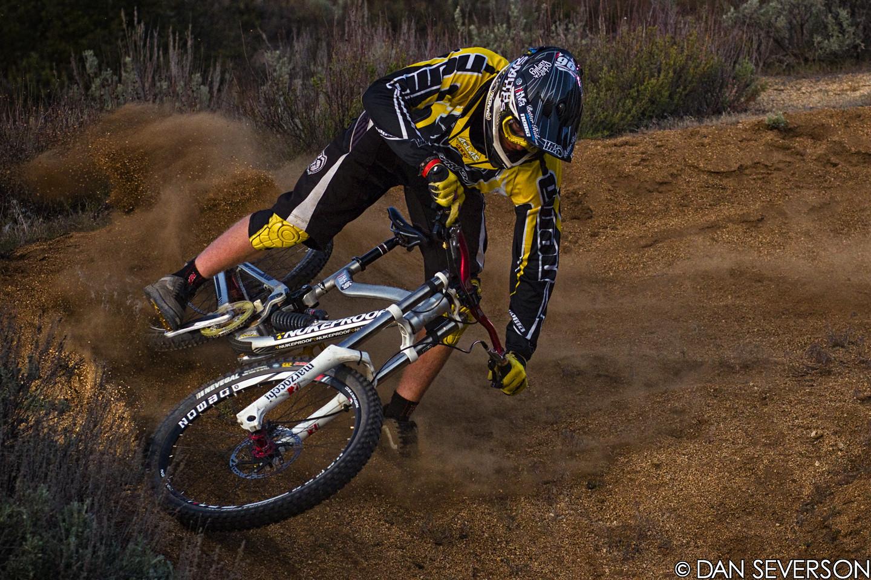 Luca Cometti / Roost master - danseverson photo - Mountain Biking Pictures - Vital MTB