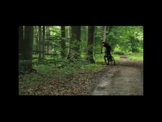 Modern Fr Crew EP.1 - Oskar Macuk Bikecheck Dartmoor Cody 2013