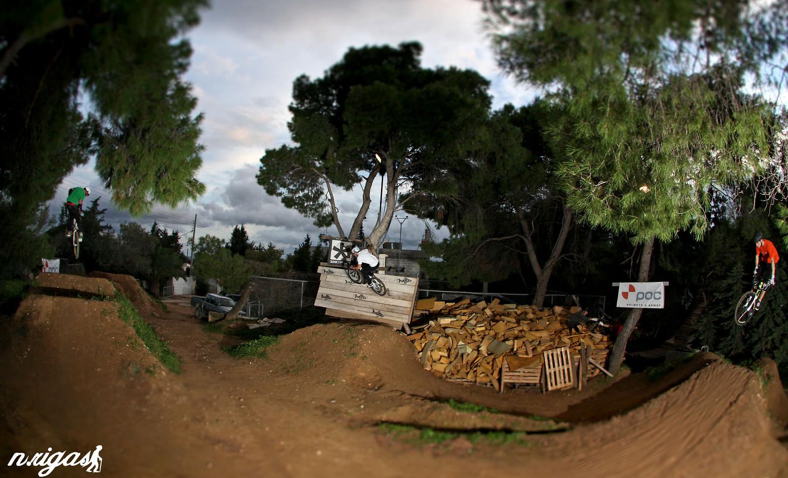 Three-way jump - pappoulakos - Mountain Biking Pictures - Vital MTB