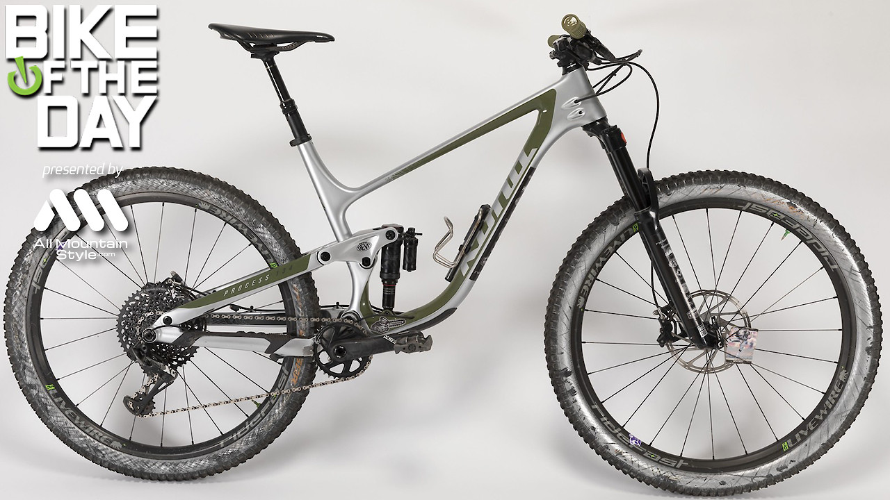 Chainsaw's 2020 Kona 134 CR/DL