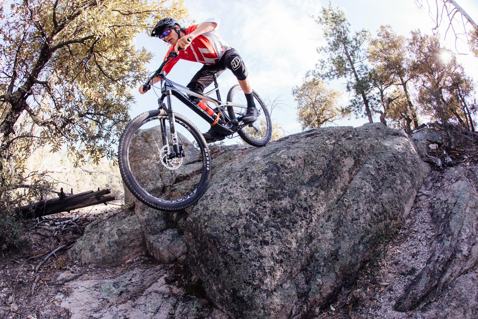 Devinci Django Carbon SLX / XT 29 - 2017 Vital MTB Test Sessions - Devinci Django Carbon SLX / XT 29 - 2017 Vital MTB Test Sessions - Mountain Biking Pictures - Vital MTB