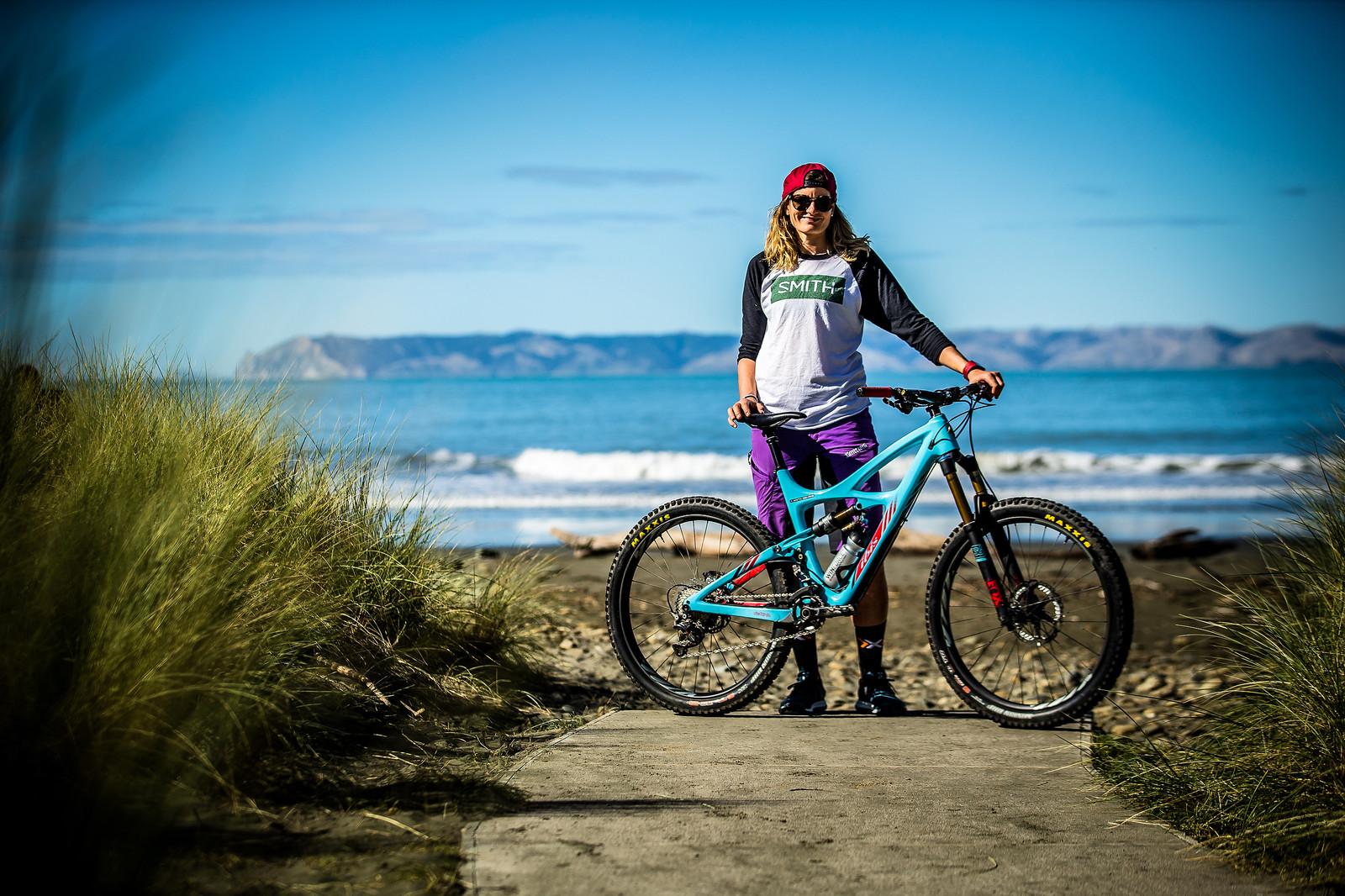 2017 NZ Enduro Pro Bikes - Anita Gehrig's Ibis Mojo HD - 2017 NZ Enduro Pro Bikes - They Wreck 'Em, We Check 'Em - Mountain Biking Pictures - Vital MTB