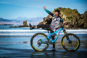 2017 NZ Enduro Pro Bikes - Rupert Chapman's Pivot Switchblade 29er