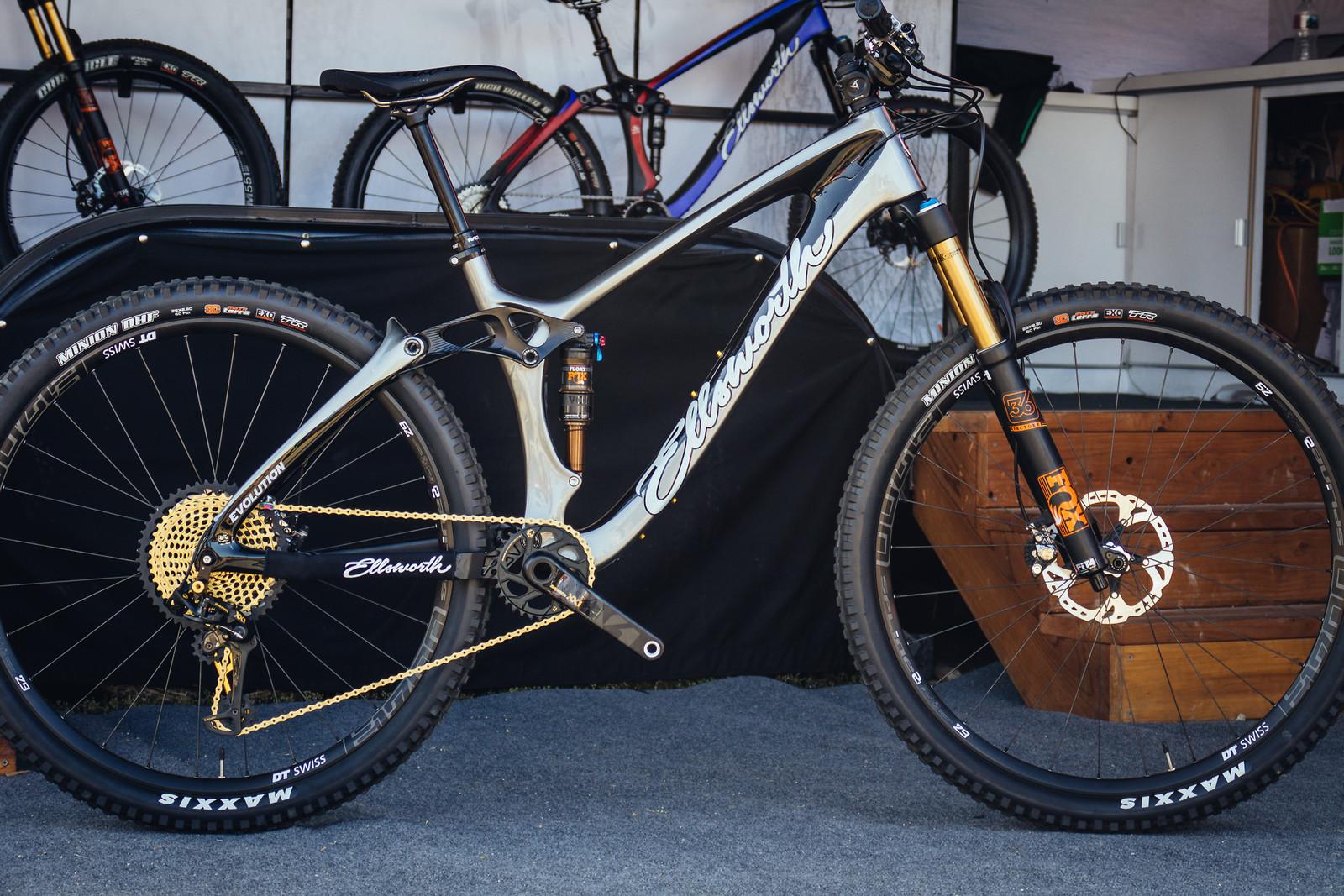 2018 Ellsworth Evolution 29er - FredLikesTrikes - Mountain Biking Pictures - Vital MTB