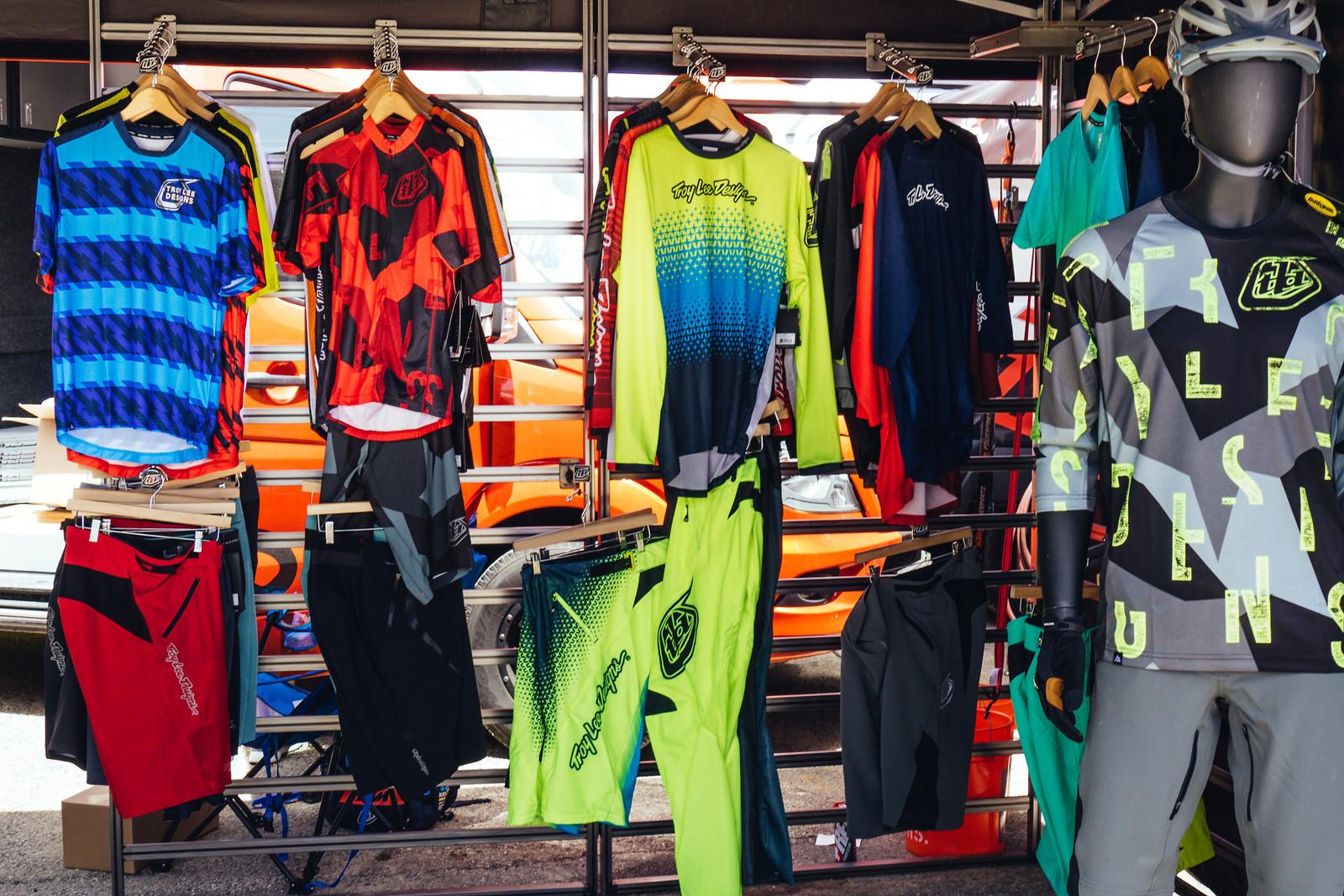 Troy Lee Designs Lineup - FredLikesTrikes - Mountain Biking Pictures - Vital MTB
