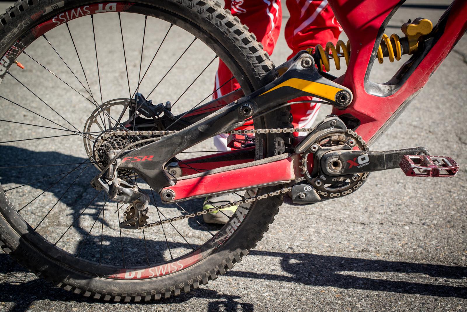 A Fine Looking Rear End - Winning Bike - Mitch Ropelato's Specialized Demo 8 - Mountain Biking Pictures - Vital MTB