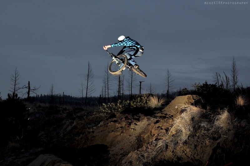 downside - T-Cliff - Mountain Biking Pictures - Vital MTB