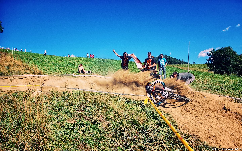 Slayerized Crew Never Die - biatchswitch - Mountain Biking Pictures - Vital MTB