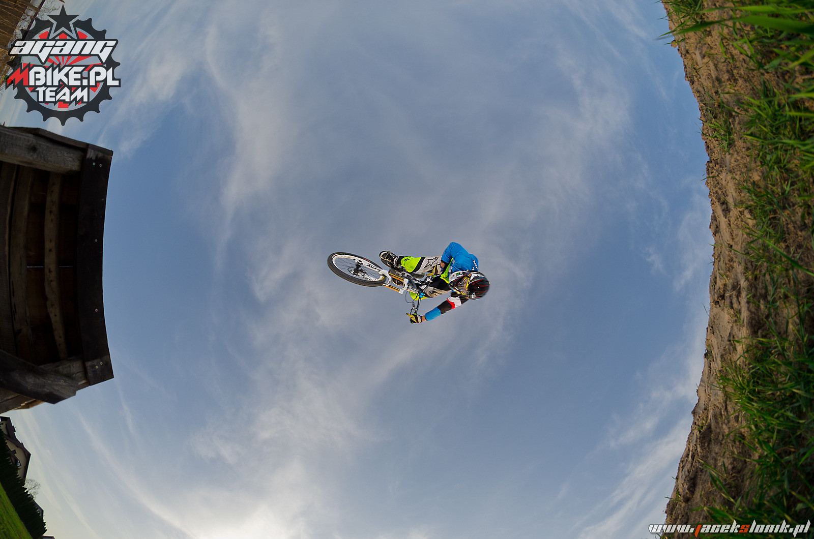 Flip Table - Kawula - Mountain Biking Pictures - Vital MTB