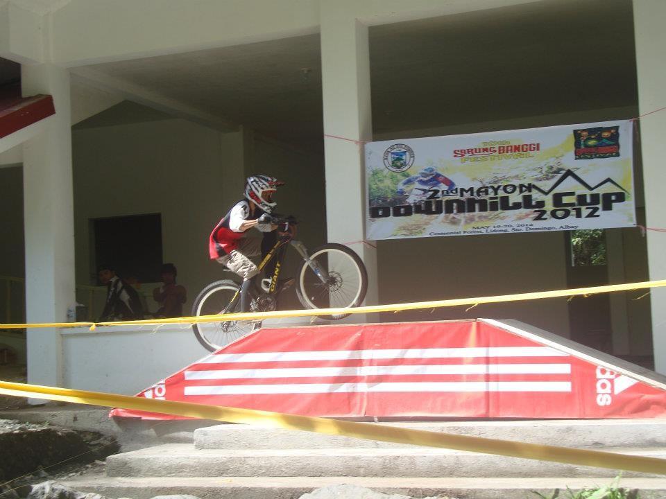 JuMpInG! - renzopdelarosa - Mountain Biking Pictures - Vital MTB