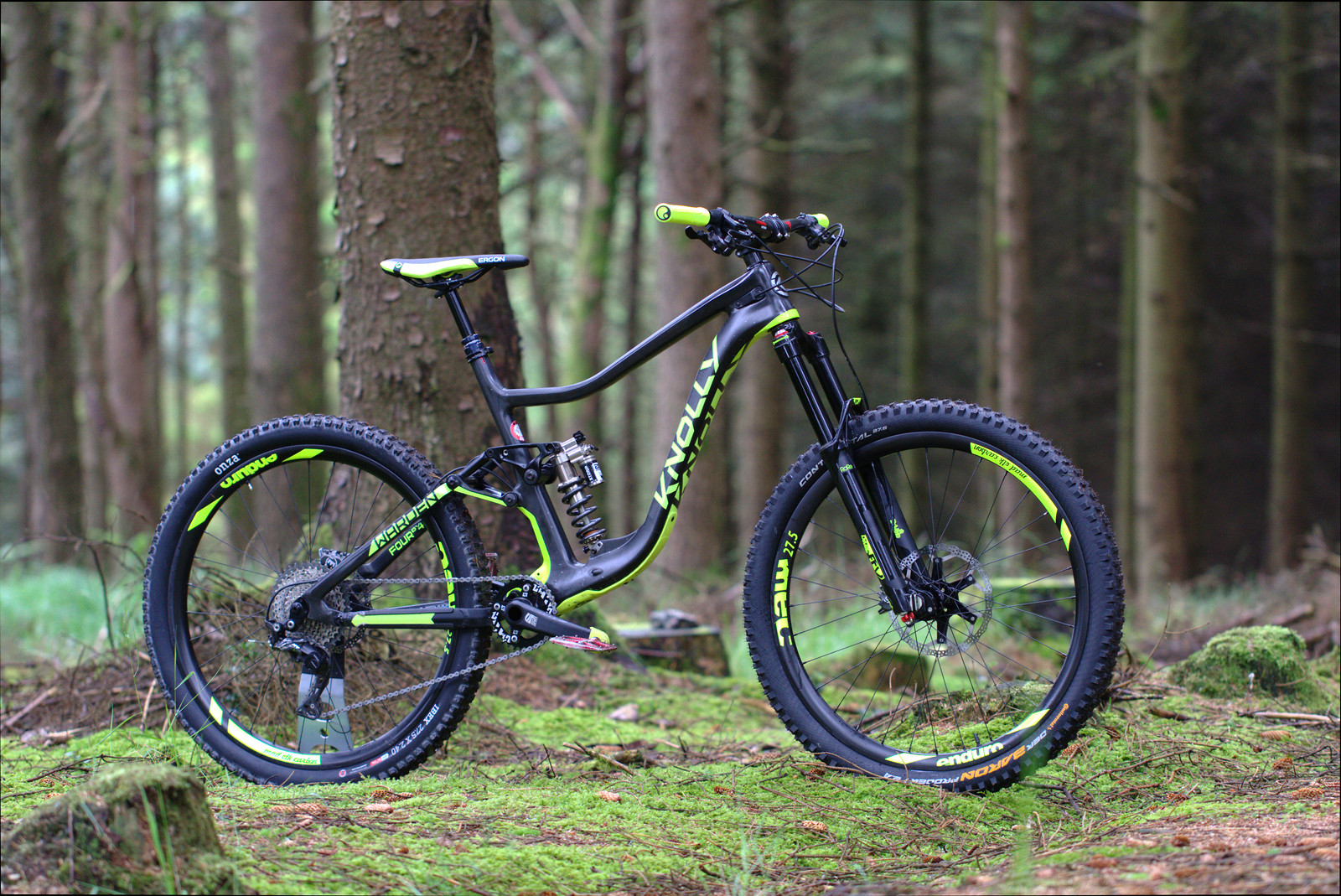 b9a5f2f5658c Knolly Warden Carbon - The green hornet - joyridefish s Bike Check ...