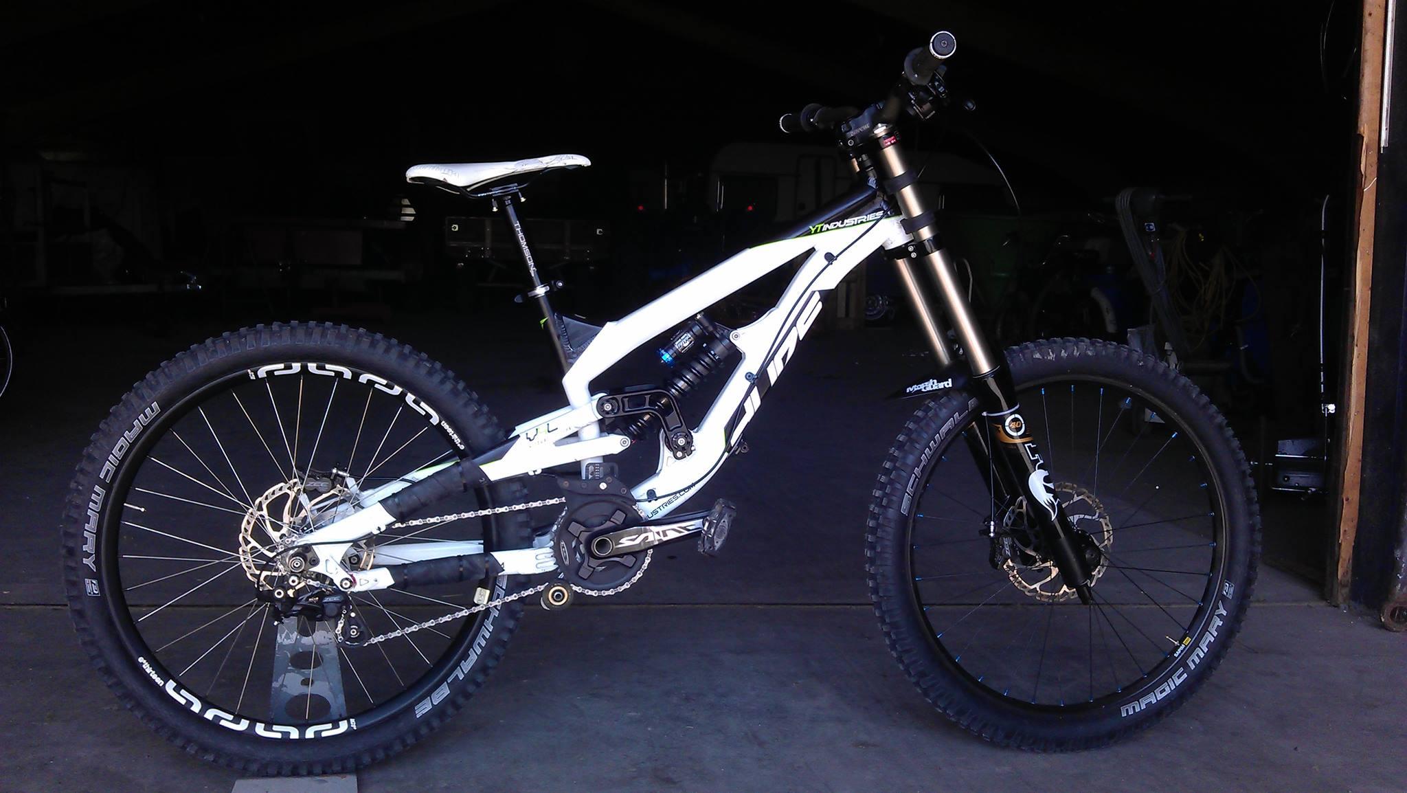 Drag Racing Helmets >> YT Industries Tues DH 2012 - dick.jansen.7's Bike Check - Vital MTB