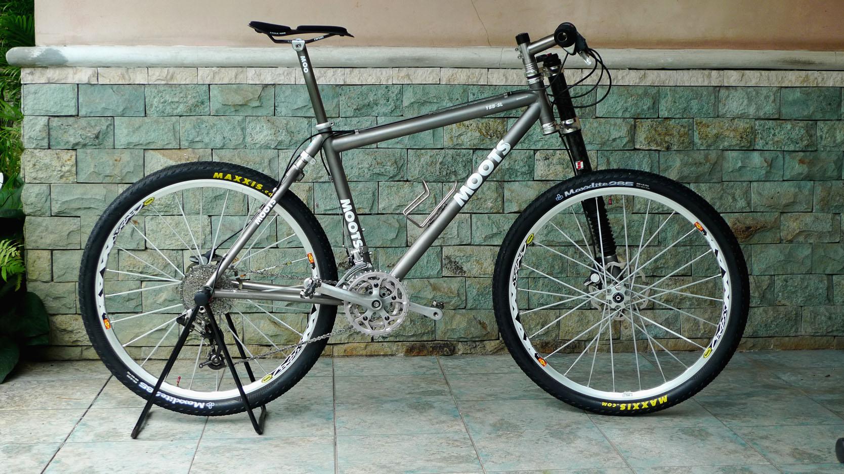 MOOTS YBB Lefty - EGOLL\'s Bike Check - Vital MTB