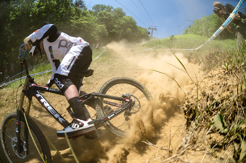 It's LOOSE - davetrumpore - Mountain Biking Pictures - Vital MTB