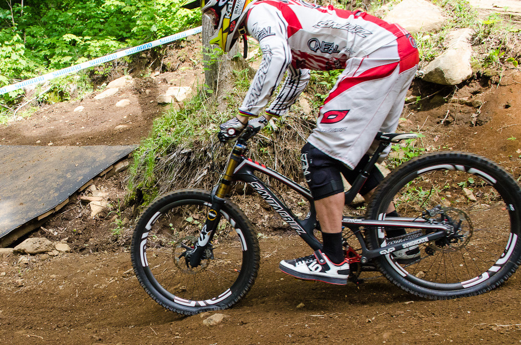 The G-Out Project: Minnaar's Santa Cruz V10 Carbon - The G-Out Project: MSA & Windham - Mountain Biking Pictures - Vital MTB