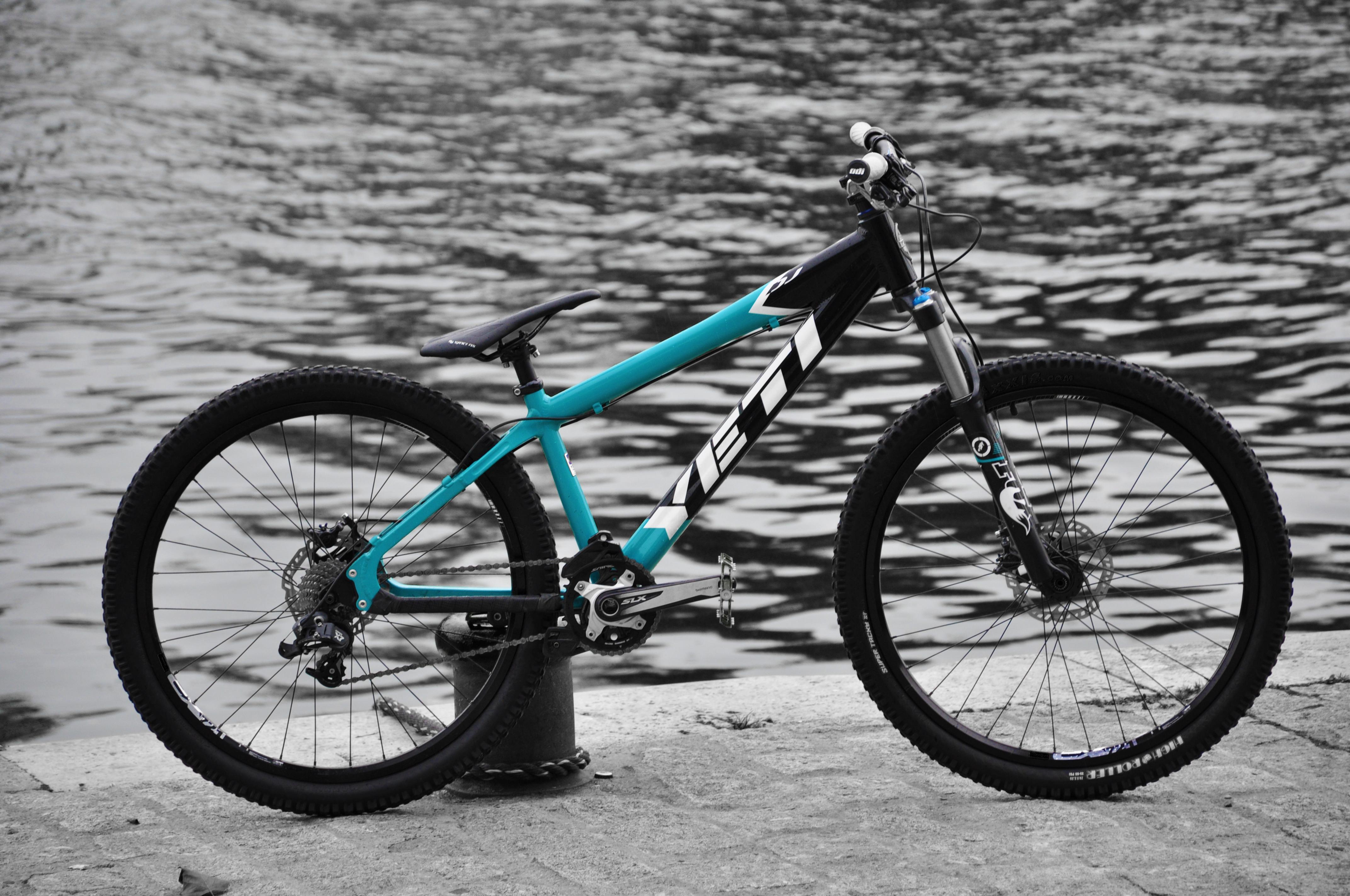 YETI DJ 4X - IRONRIDER's Bike Check - Vital MTB