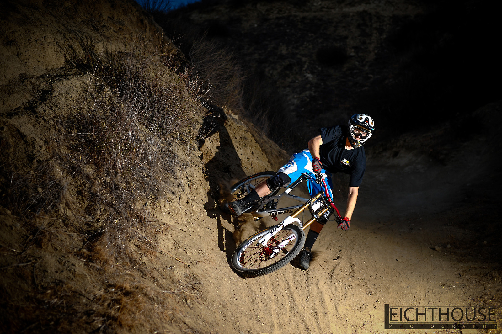 Drifting with the coyotes  - LeichtHouse photography - Mountain Biking Pictures - Vital MTB
