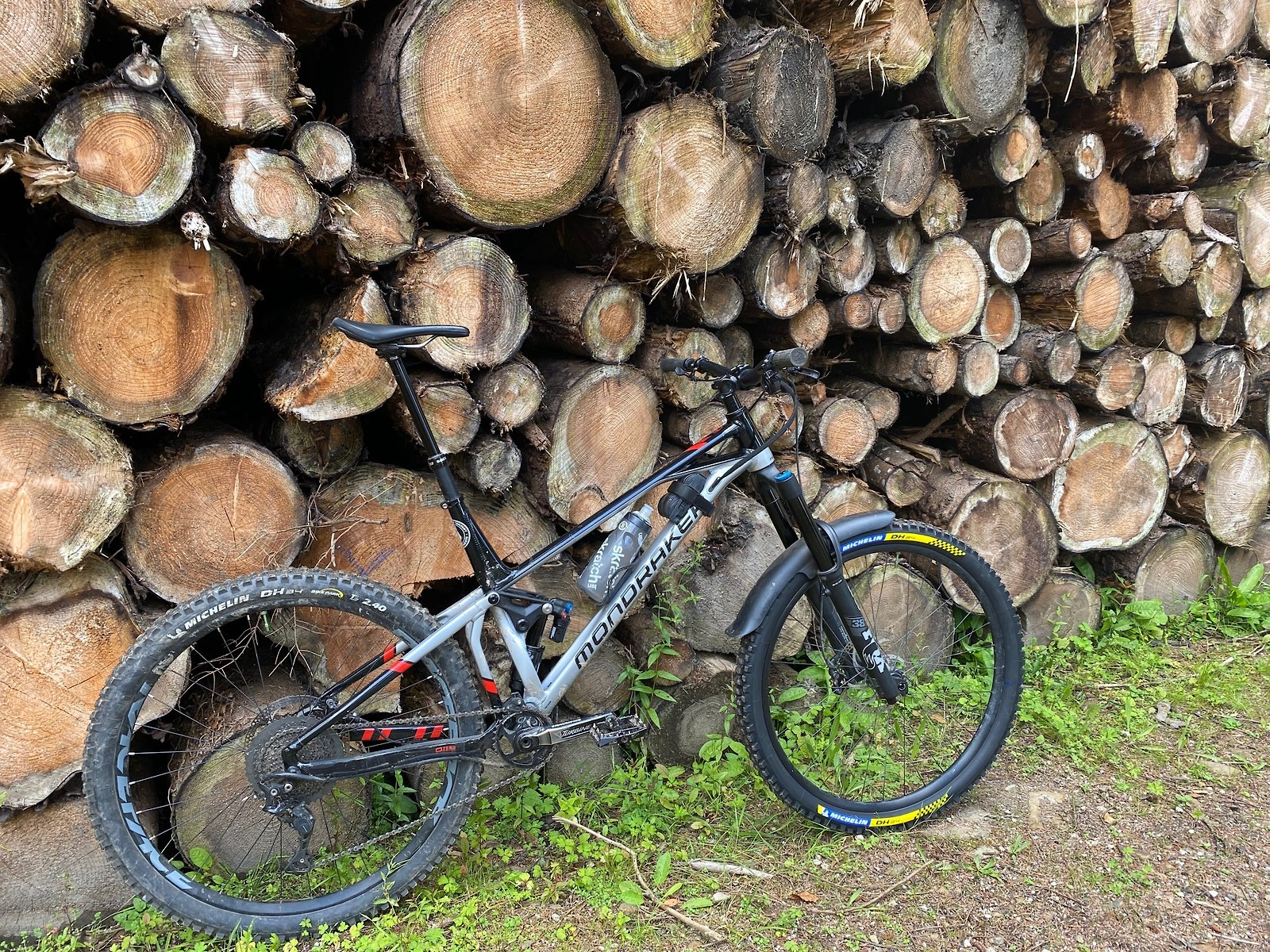 2021 Mondraker SuperFoxy Alloy R