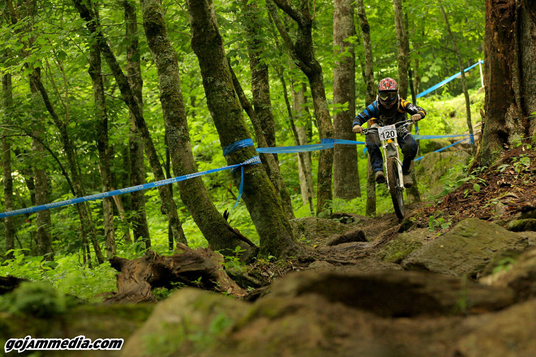 Derek Rocks IRON Maiden - gojammedia - Mountain Biking Pictures - Vital MTB