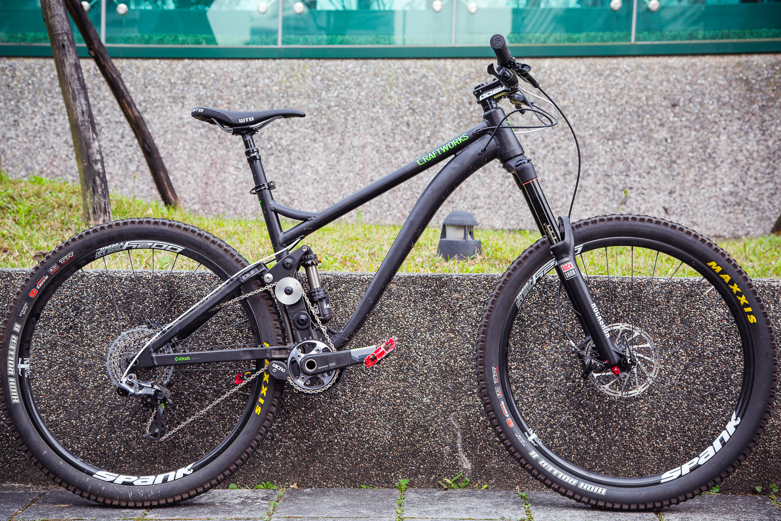 Craftworks ENR Prototype Photos and Video of Suspension in Action - Craftworks ENR Prototype from Taipei - Mountain Biking Pictures - Vital MTB