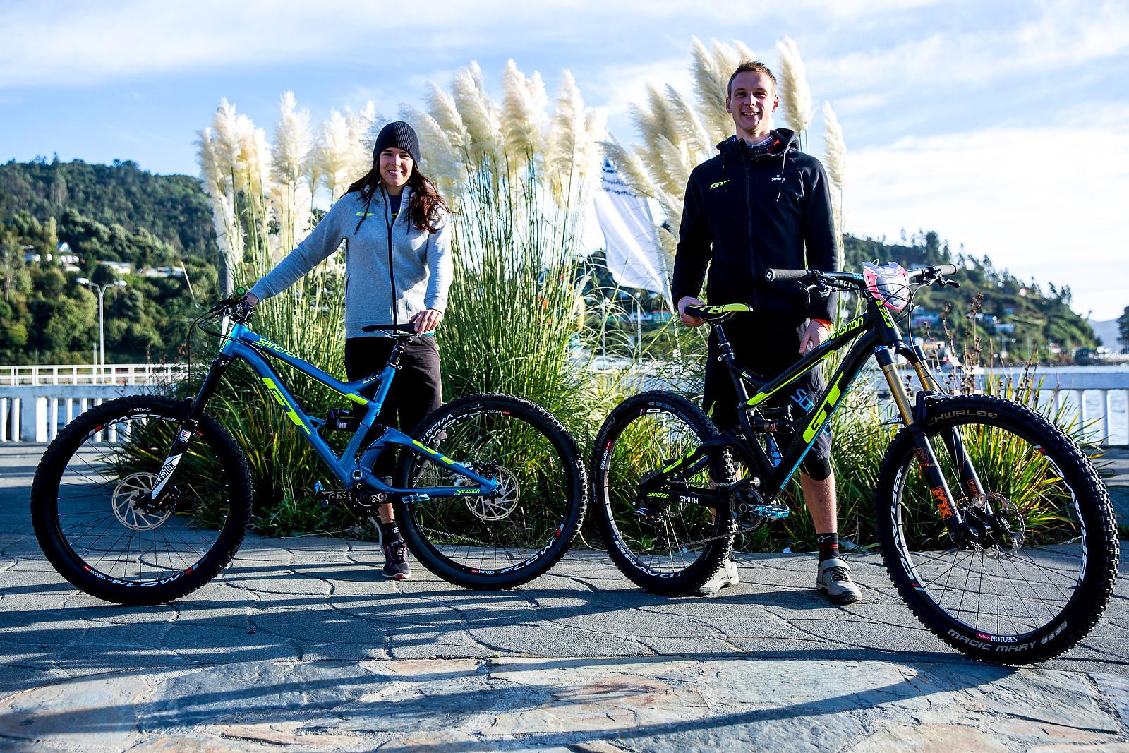 Anneke Beerten and Martin Maes - PIT BITS - Enduro World Series, Corral, Chile - Mountain Biking Pictures - Vital MTB