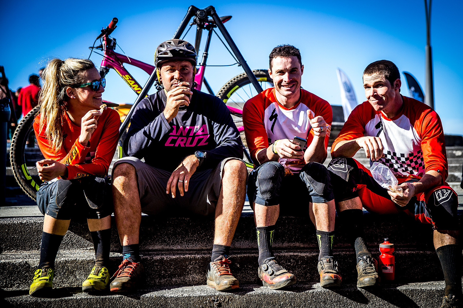 Catching up - PIT BITS - Enduro World Series, Corral, Chile - Mountain Biking Pictures - Vital MTB
