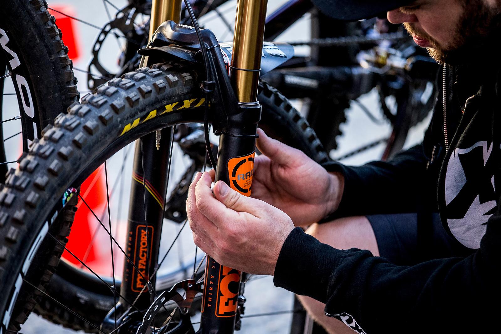 FOX RAD - PIT BITS - Enduro World Series, Corral, Chile - Mountain Biking Pictures - Vital MTB