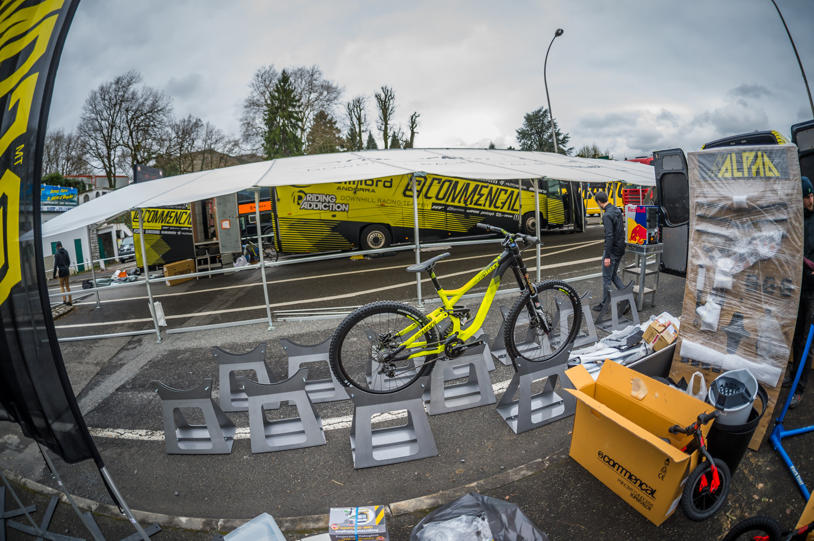 Commencal Pits Are Getting Bigger - PIT BITS - 2016 Lourdes World Cup Downhill - Mountain Biking Pictures - Vital MTB