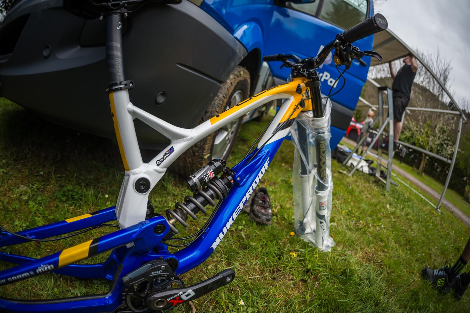 Sam Hill's Nukeproof Pulse - PIT BITS - 2016 Lourdes World Cup Downhill - Mountain Biking Pictures - Vital MTB