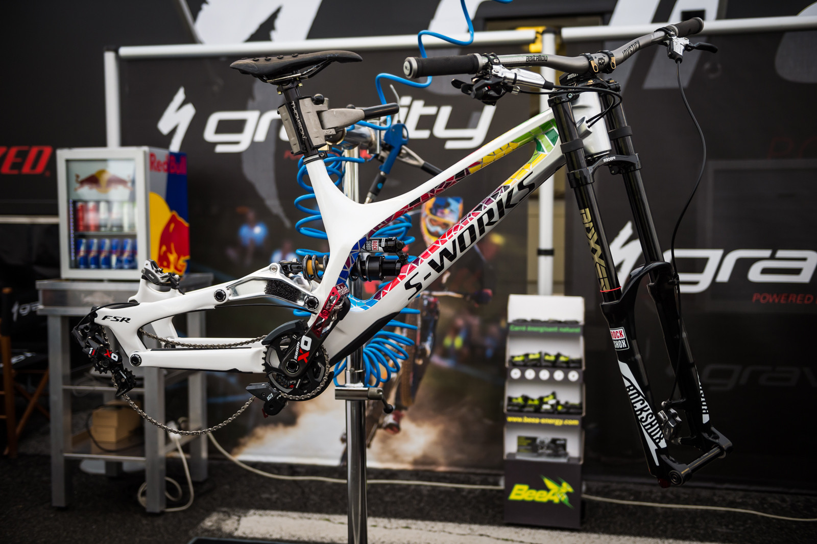 Loic Bruni's Specialized Demo - PIT BITS - 2016 Lourdes World Cup Downhill - Mountain Biking Pictures - Vital MTB