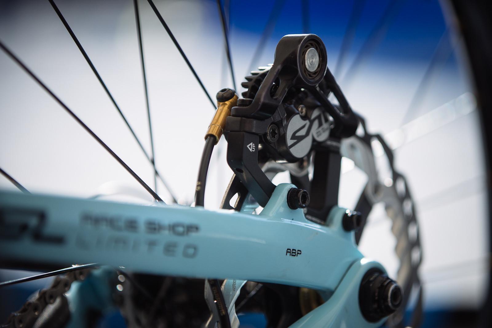 Disc Brake Anti-Vibration - PIT BITS - BDS Fort William - Mountain Biking Pictures - Vital MTB