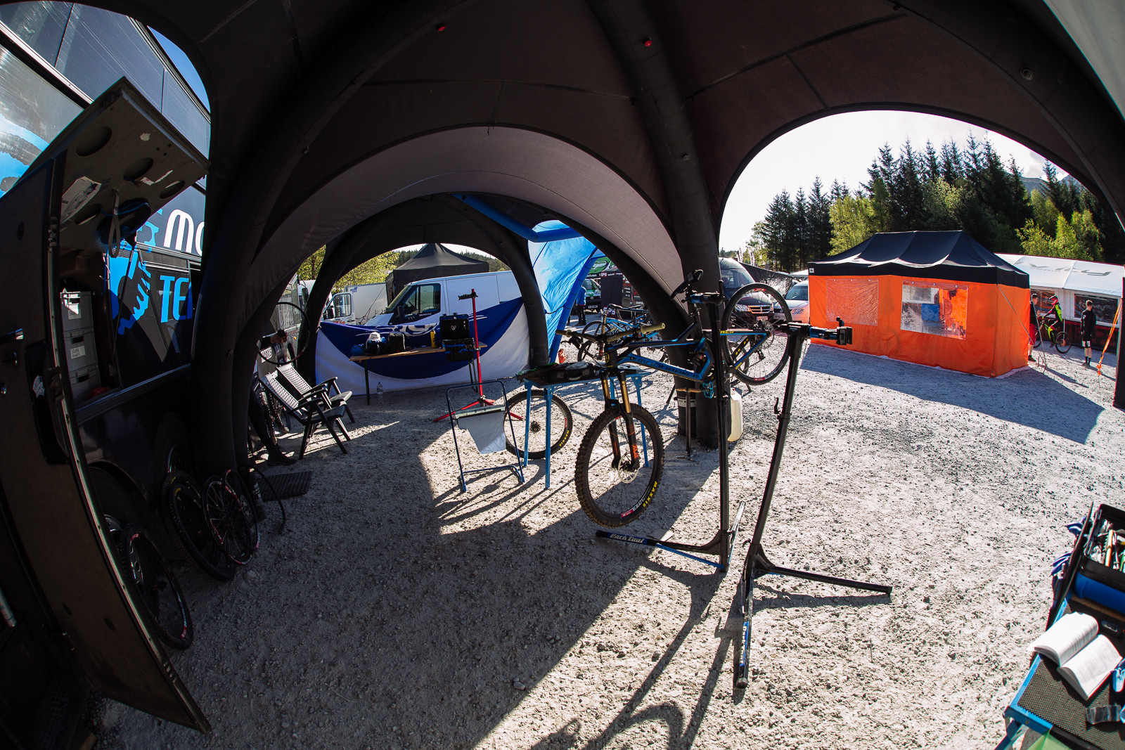 MS Mondraker Pits - PIT BITS - BDS Fort William - Mountain Biking Pictures - Vital MTB