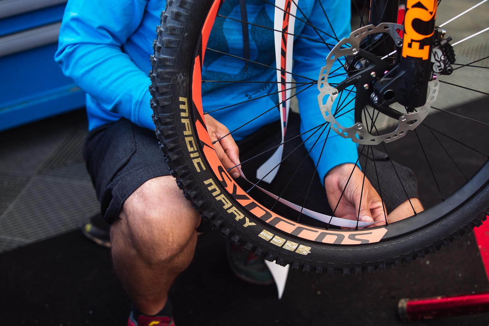 GSTAAD Scott Team Prep - PIT BITS - Fort William World Cup - Mountain Biking Pictures - Vital MTB