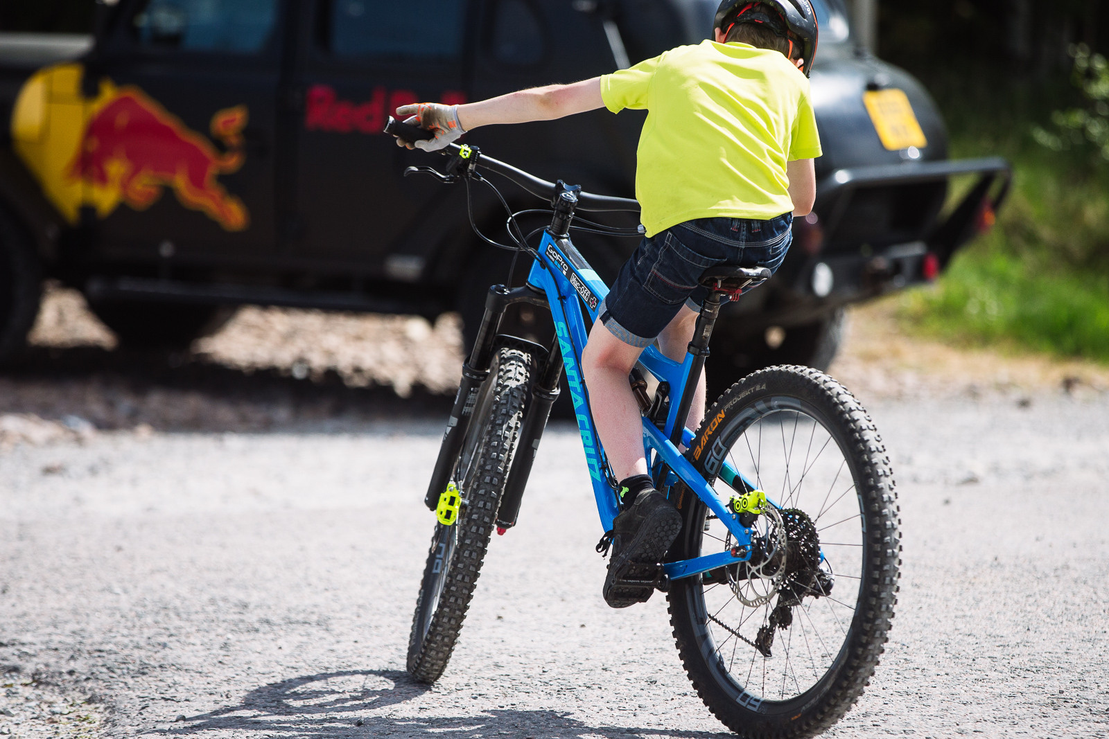 Playing on Danny Mac's Bike - PIT BITS - Fort William World Cup - Mountain Biking Pictures - Vital MTB