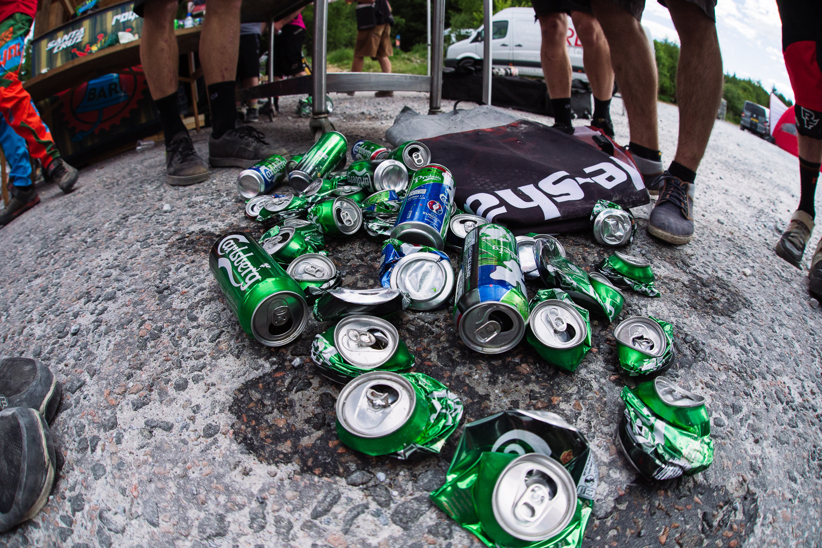 Downed Soldiers - PIT BITS - Fort William World Cup - Mountain Biking Pictures - Vital MTB