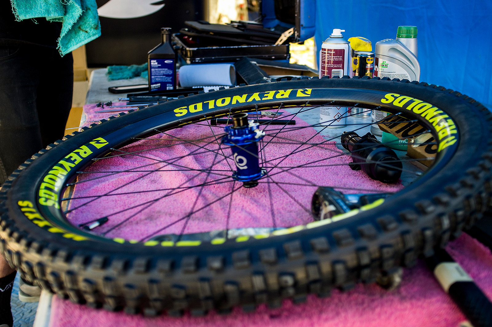Reynolds Carbon DH Wheel - PIT BITS - Fort William World Cup - Mountain Biking Pictures - Vital MTB