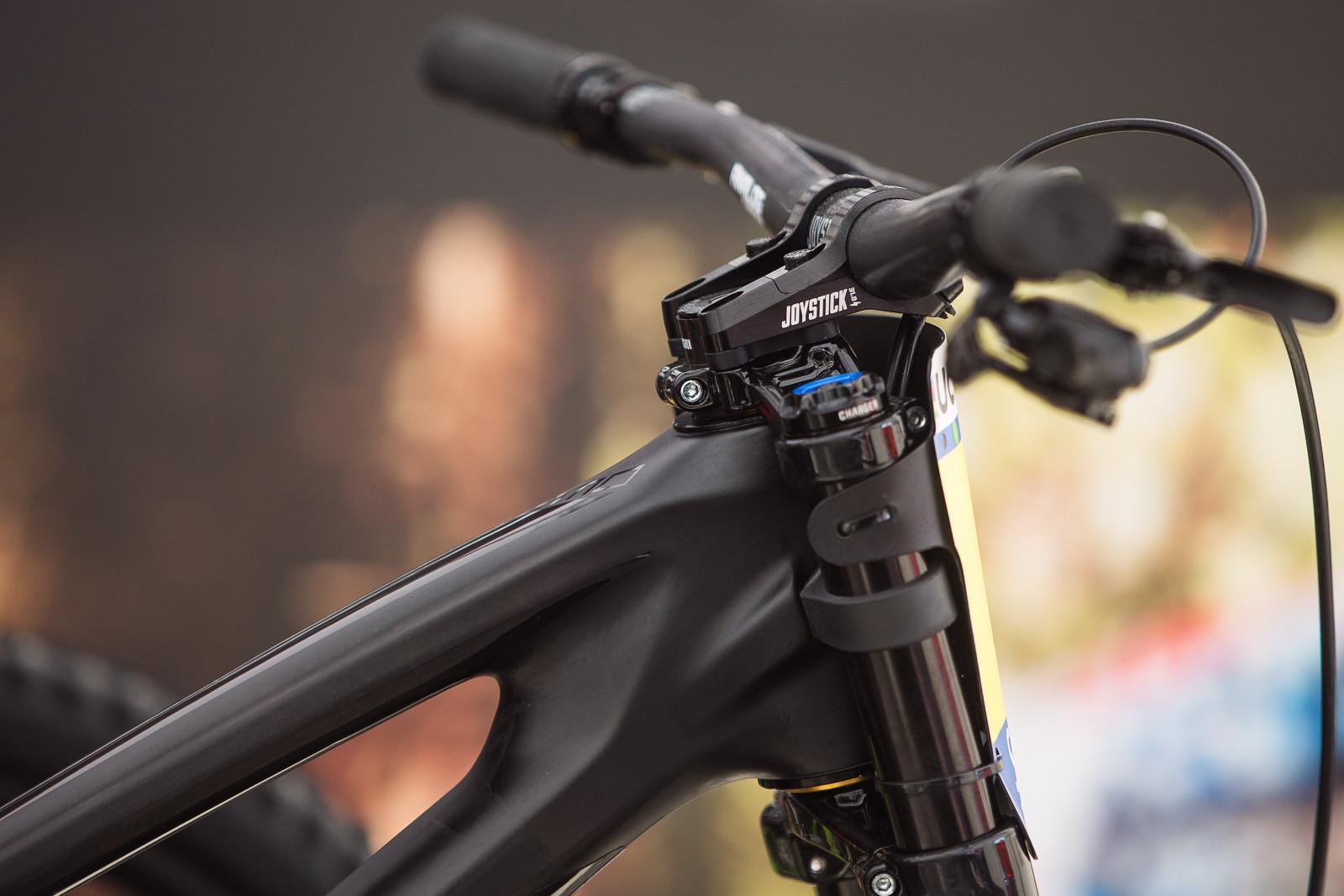 Joystick Direct Mount Stem - PIT BITS - Fort William World Cup - Mountain Biking Pictures - Vital MTB
