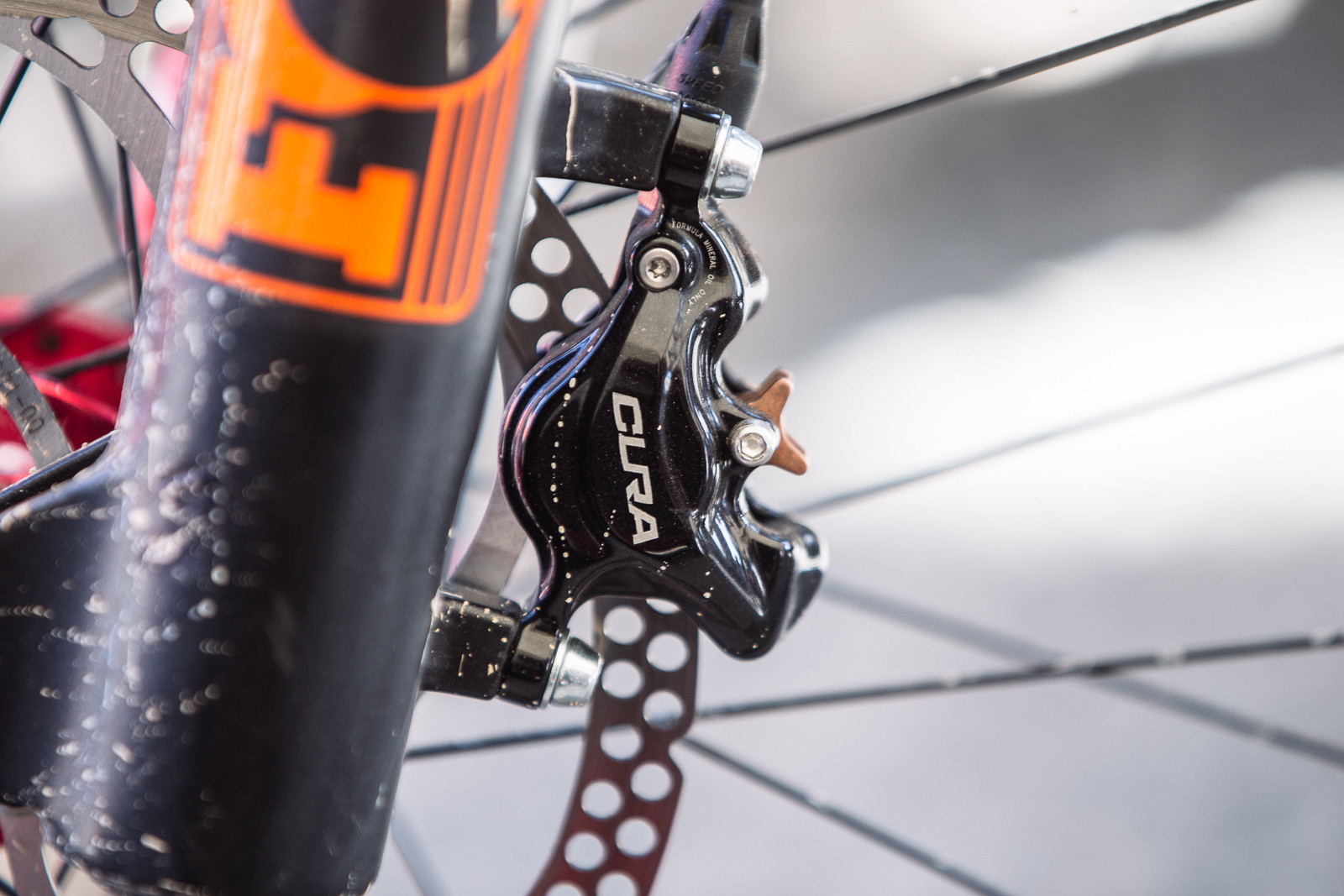 Metallic Brake Pads for the Wet - PIT BITS - Leogang World Cup - Mountain Biking Pictures - Vital MTB