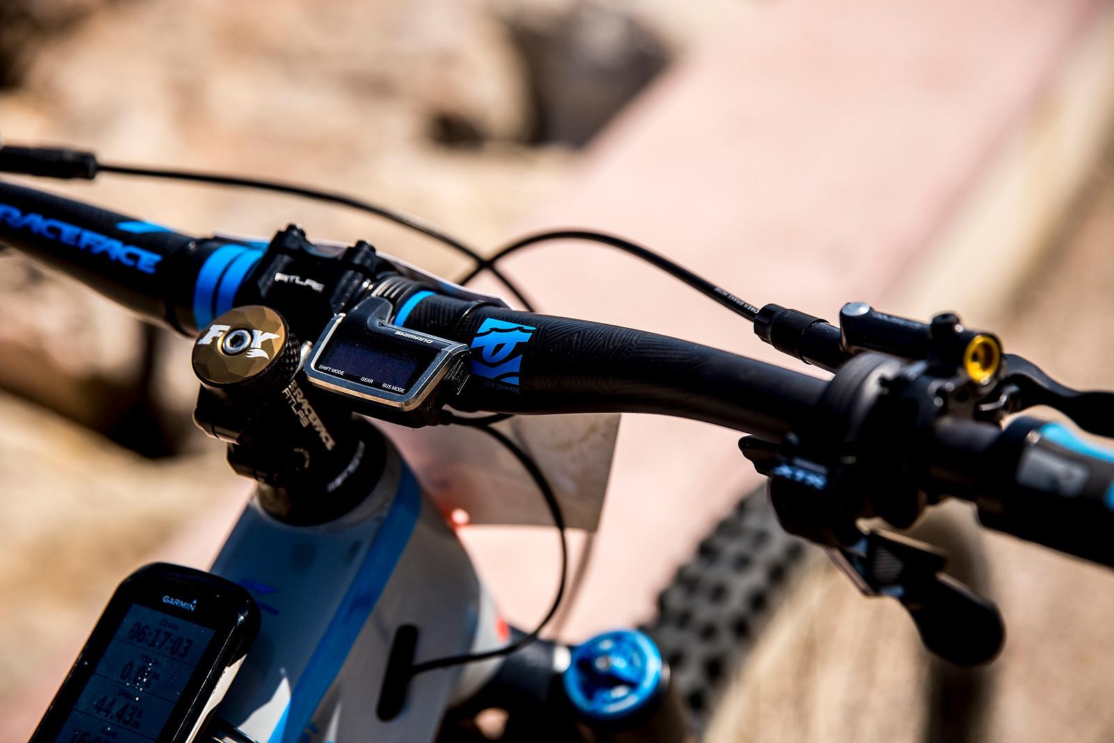 Nico Lau's Race Face Cockpit with XTR Di2 Controls - WINNING BIKE: Nico Lau's Cube Stereo 140 29 - Mountain Biking Pictures - Vital MTB