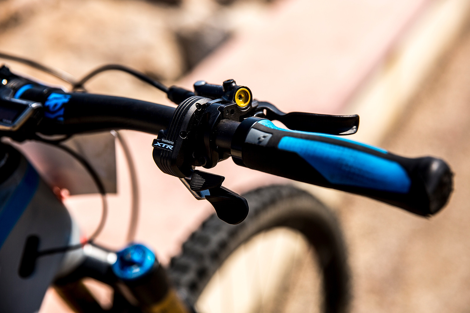 Shimano XTR Di2 Rear Shifter - WINNING BIKE: Nico Lau's Cube Stereo 140 29 - Mountain Biking Pictures - Vital MTB