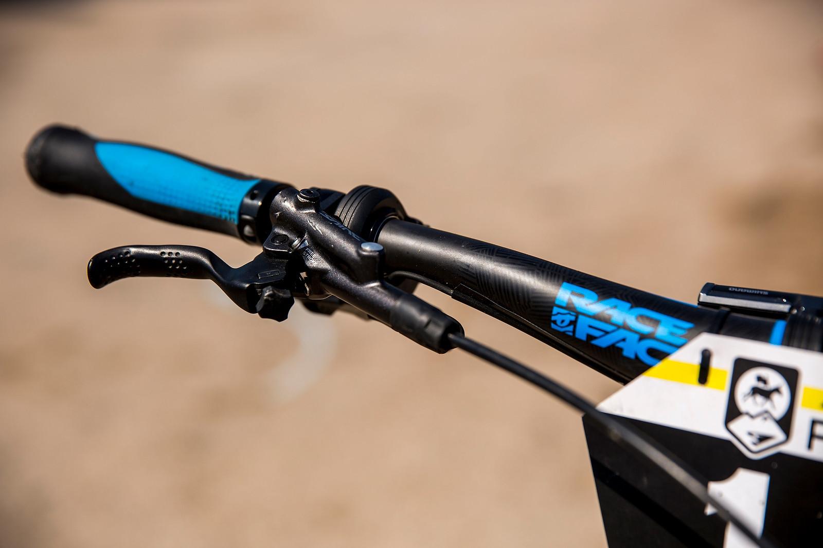 Shimano Saint Brake Lever and XTR Di2 Rear Shifter - WINNING BIKE: Nico Lau's Cube Stereo 140 29 - Mountain Biking Pictures - Vital MTB