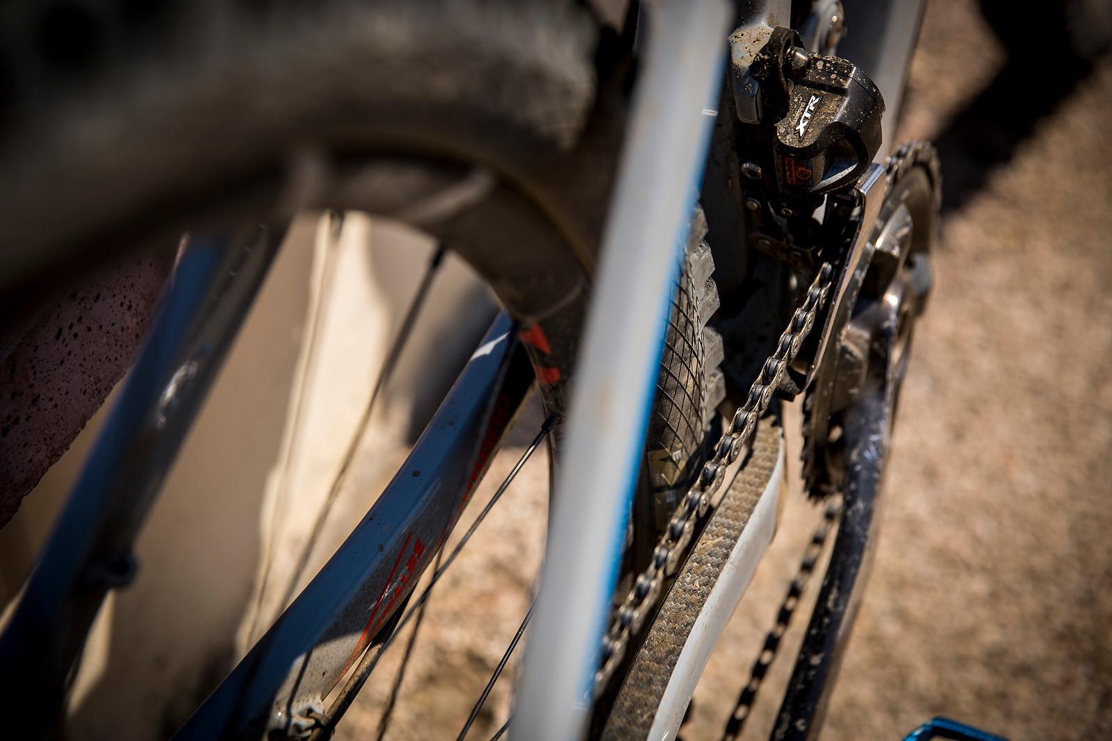 Shimano XTR Di2 2x Setup on Nico Lau's Cube - WINNING BIKE: Nico Lau's Cube Stereo 140 29 - Mountain Biking Pictures - Vital MTB