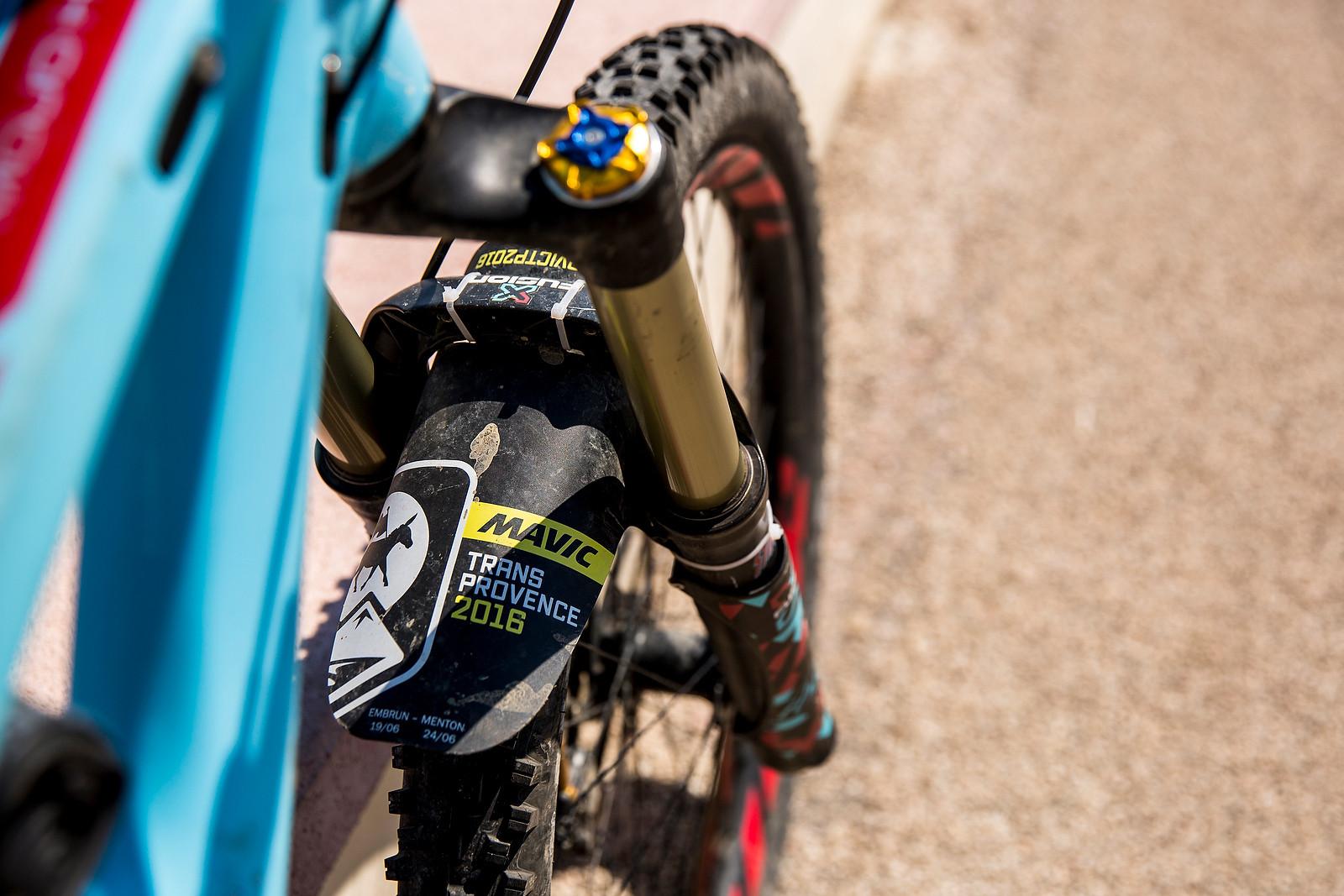 X-Fusion Metric Fork with Mud Guard - WINNING BIKE: Anita Gehrig's Ibis Mojo HD3 - Mountain Biking Pictures - Vital MTB