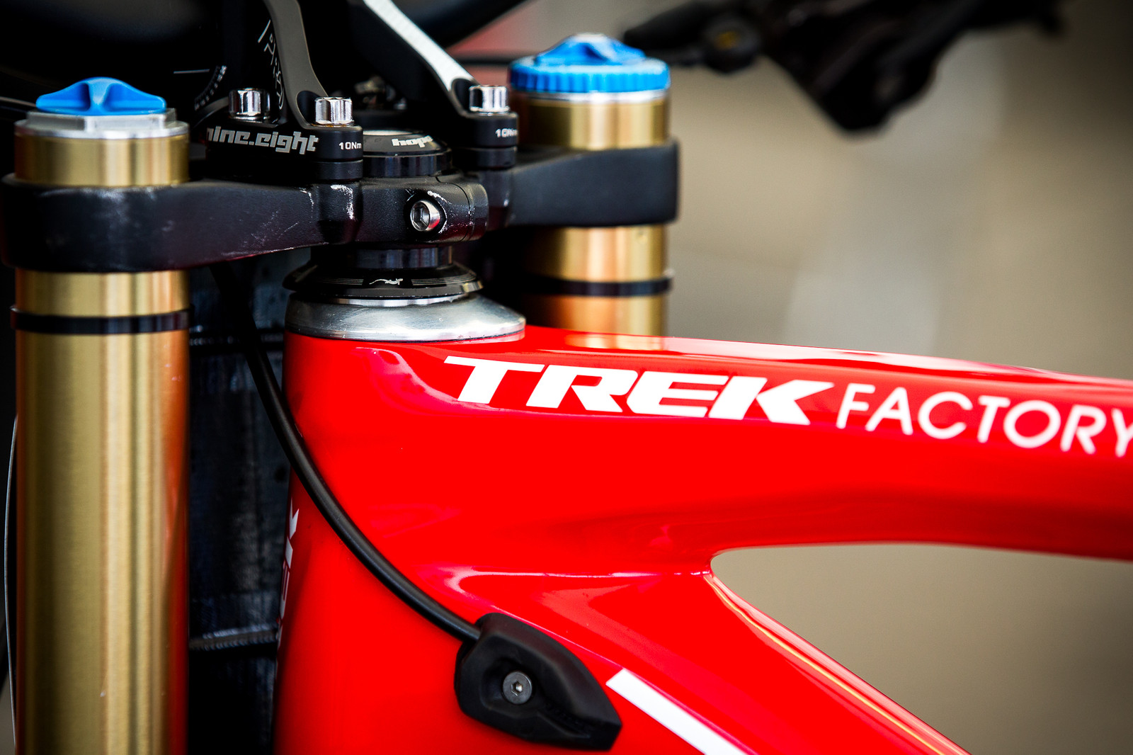 Gee Atherton's Trek Session Headset - PIT BITS - Lenzerheide World Cup - Mountain Biking Pictures - Vital MTB