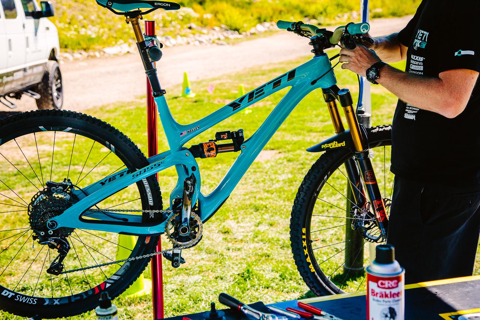 Cody Kelley's Yeti SB5.5c - PIT BITS - Enduro World Series, Aspen, Colorado - Mountain Biking Pictures - Vital MTB